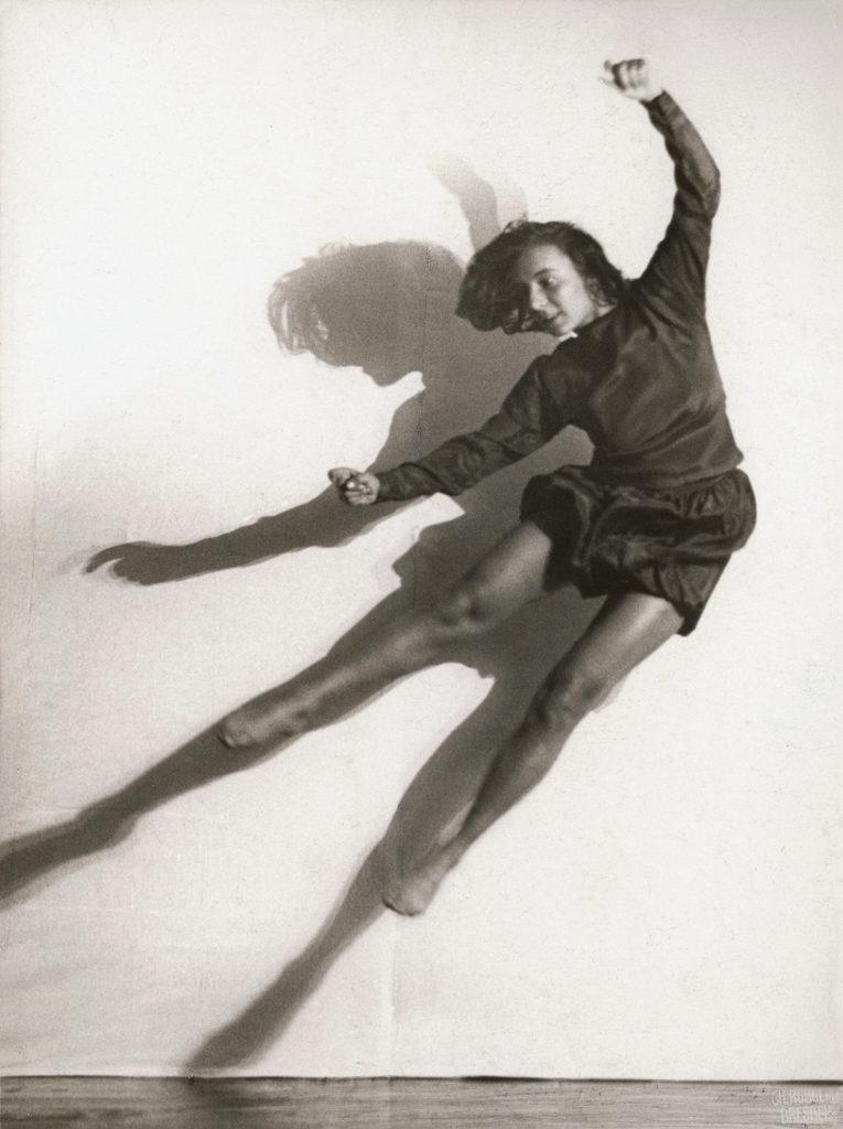 Photographe : Charlotte Rudolph Danseuse : Gret Palucca