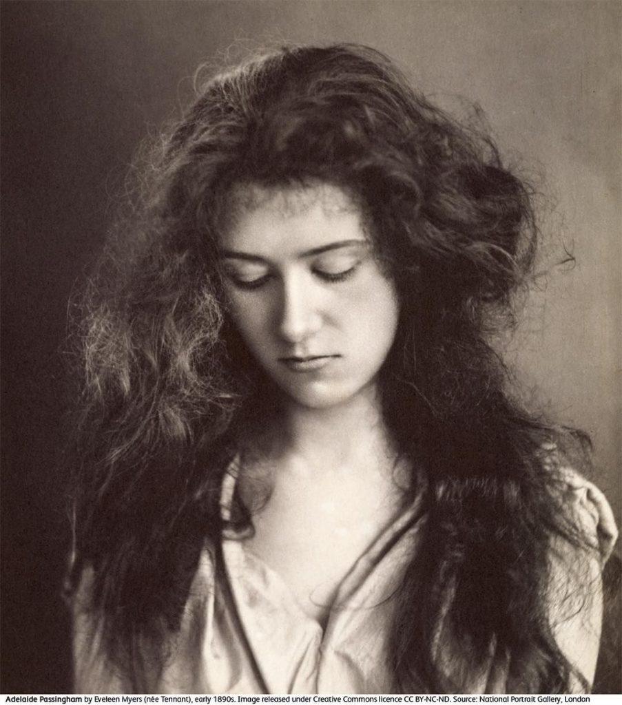 Adelaide Augusta Floyd Passingham photographiée par Eveleen Myers - julien et le champ des possibles